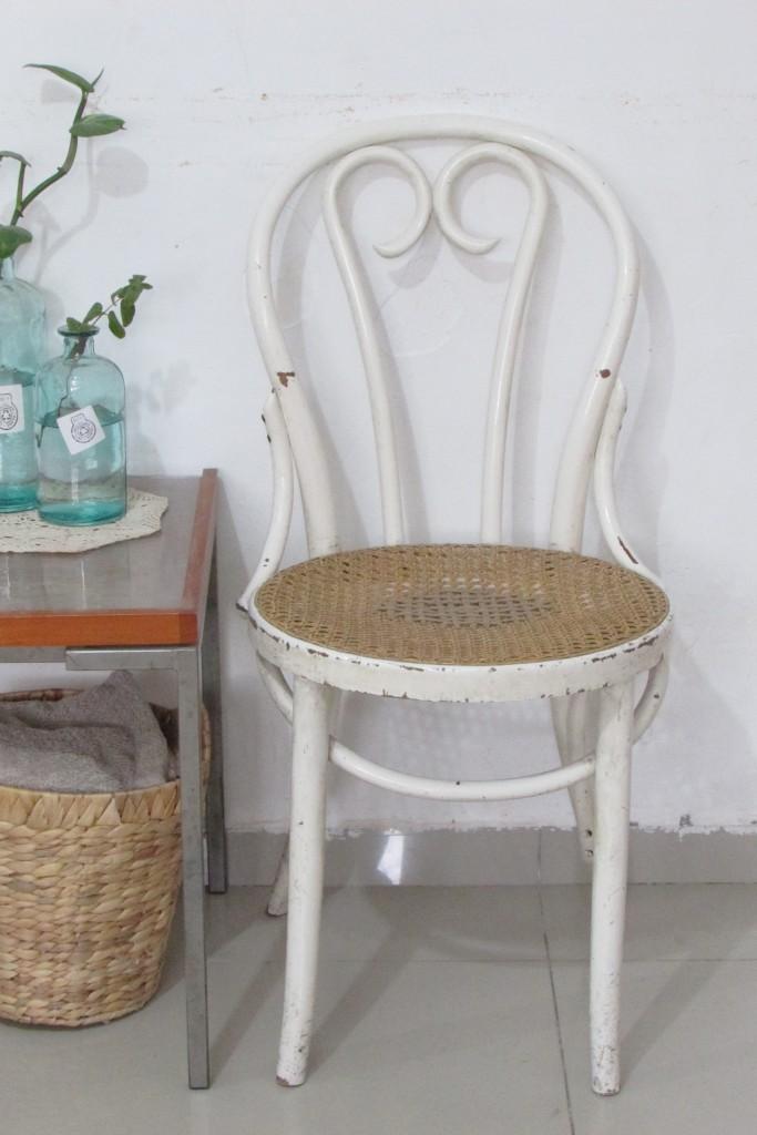 how to repair a chair?